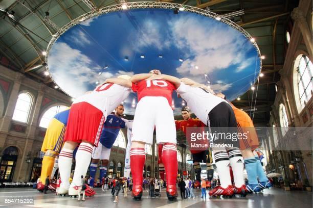 Les Geants de la gare de Zurich EURO 2008 Zurich Suisse