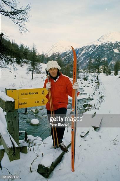 Les Humphries Winterurlaub St Moritz/Schweiz Sänger Ski fahren Skier Alpen Schnee Urlaub