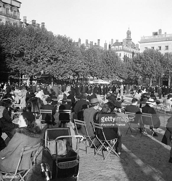Le Jardin Du Luxembourg Stock Photos And Pictures Getty
