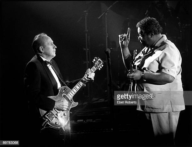 Les Paul and BB King perform on stage at the Les Paul Tribute Concert at the Brooklyn Academy Of Music in Brooklyn NY on August 18 1988