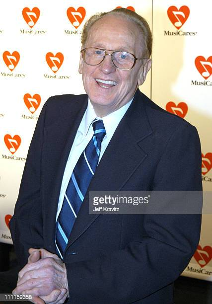 Les Paul during The 45th GRAMMY Awards MusiCares 2003 Person of the Year Bono Arrivals by Jeff Kravitz at Marriott Marquis in New York City New York...