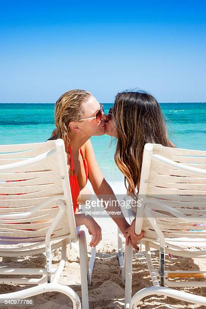 Lesbian vacations for couples