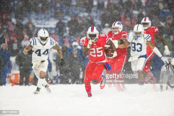 LeSean McCoy of the Buffalo Bills carries the ball for the game winning touchdown during overtime against the Indianapolis Colts at New Era Field on...