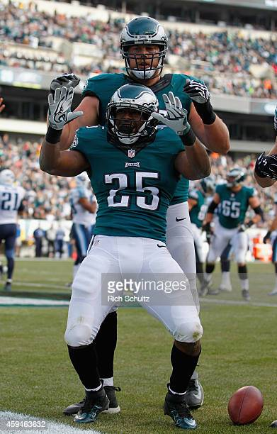 LeSean McCoy of the Philadelphia Eagles celebrates a touchdown against the Tennessee Titans in the second quarter of the game at Lincoln Financial...
