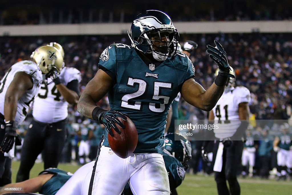 <a gi-track='captionPersonalityLinkClicked' href=/galleries/search?phrase=LeSean+McCoy&family=editorial&specificpeople=4484228 ng-click='$event.stopPropagation()'>LeSean McCoy</a> #25 of the Philadelphia Eagles celebrates after scoring a 1 yard touchdown in the third quarter against the New Orleans Saints during their NFC Wild Card Playoff game at Lincoln Financial Field on January 4, 2014 in Philadelphia, Pennsylvania.