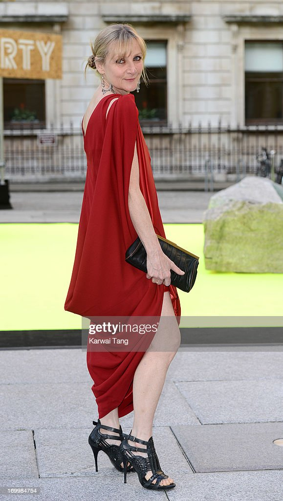 <a gi-track='captionPersonalityLinkClicked' href=/galleries/search?phrase=Lesley+Sharp&family=editorial&specificpeople=4333456 ng-click='$event.stopPropagation()'>Lesley Sharp</a> attends the preview party for The Royal Academy Of Arts Summer Exhibition 2013 at Royal Academy of Arts on June 5, 2013 in London, England.