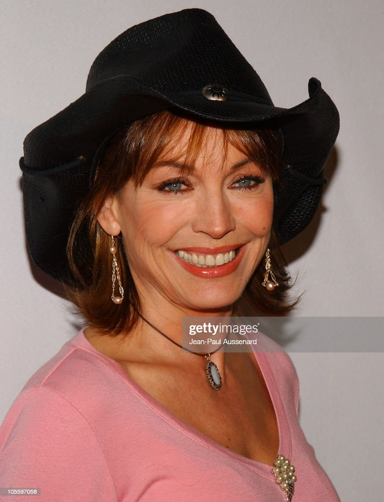 CBS and UPN 2005 TCA Party - Arrivals