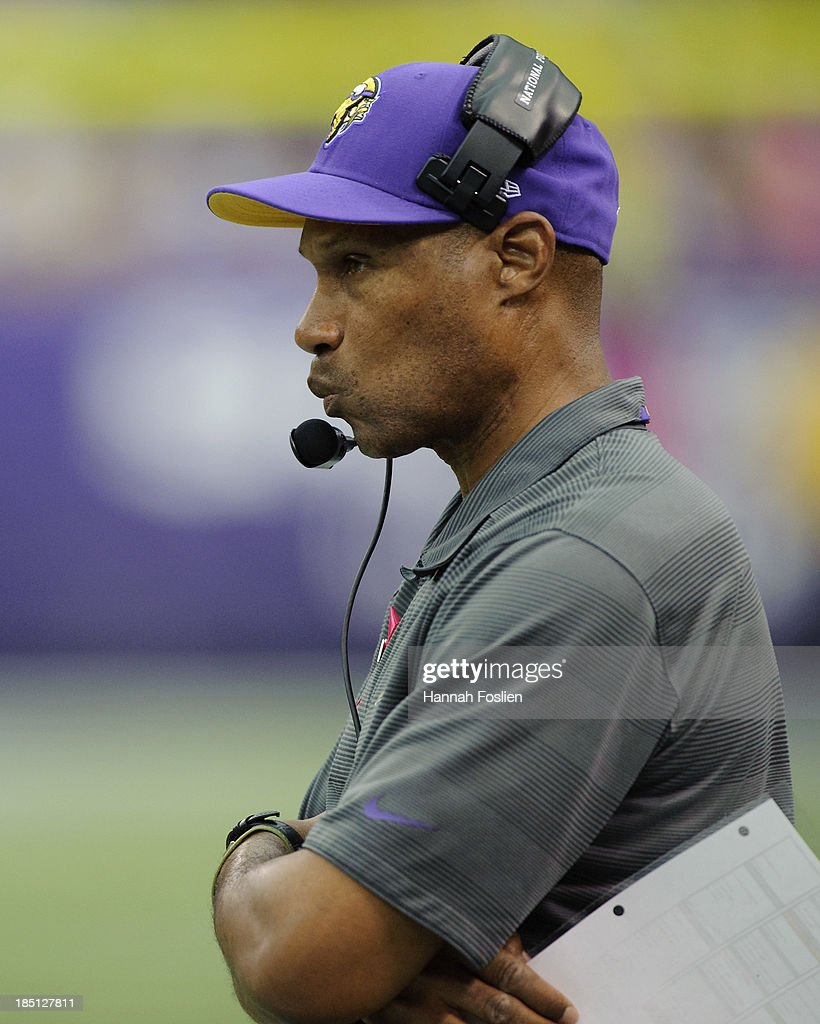 <a gi-track='captionPersonalityLinkClicked' href=/galleries/search?phrase=Leslie+Frazier&family=editorial&specificpeople=2295716 ng-click='$event.stopPropagation()'>Leslie Frazier</a> of the Minnesota Vikings looks on during the game against the Carolina Panthers on October 13, 2013 at Mall of America Field at the Hubert H. Humphrey Metrodome in Minneapolis, Minnesota. The Panthers defeated the Vikings 35-10.