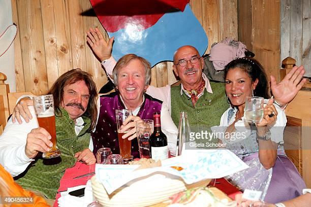 Leslie Mandoki Werner SchulzeErdel Otto Retzer and his wife Shirley Retzer during the 'Sauerland Stammtisch' at Oktoberfest 2015 at Weinzelt...