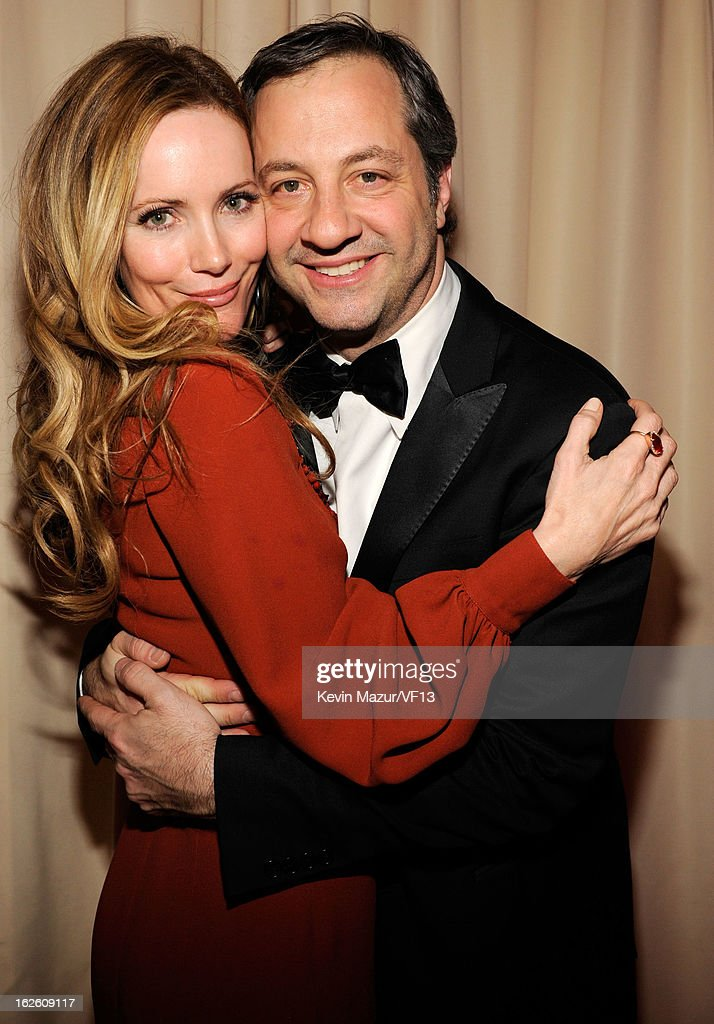 Leslie Mann and Judd Apatow attend the 2013 Vanity Fair Oscar Party hosted by Graydon Carter at Sunset Tower on February 24, 2013 in West Hollywood, California.