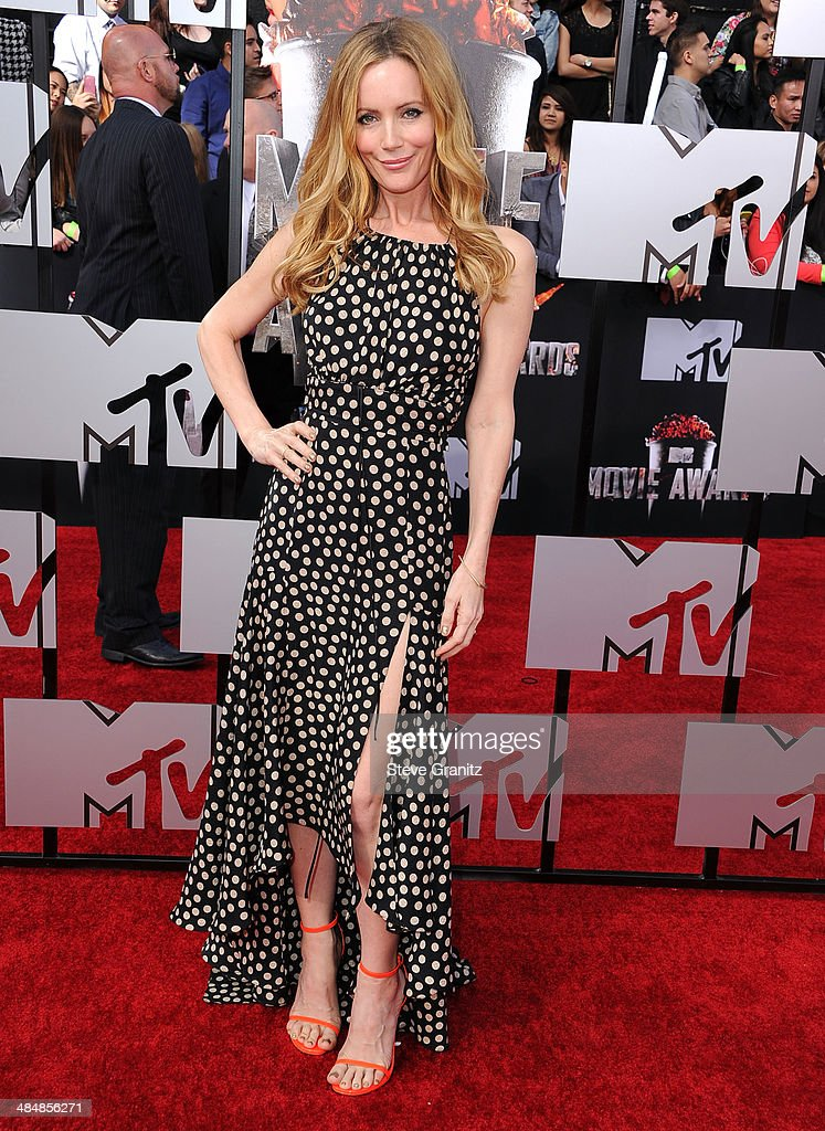 Leslie Mann arrives at the 2014 MTV Movie Awards at Nokia Theatre L.A. Live on April 13, 2014 in Los Angeles, California.