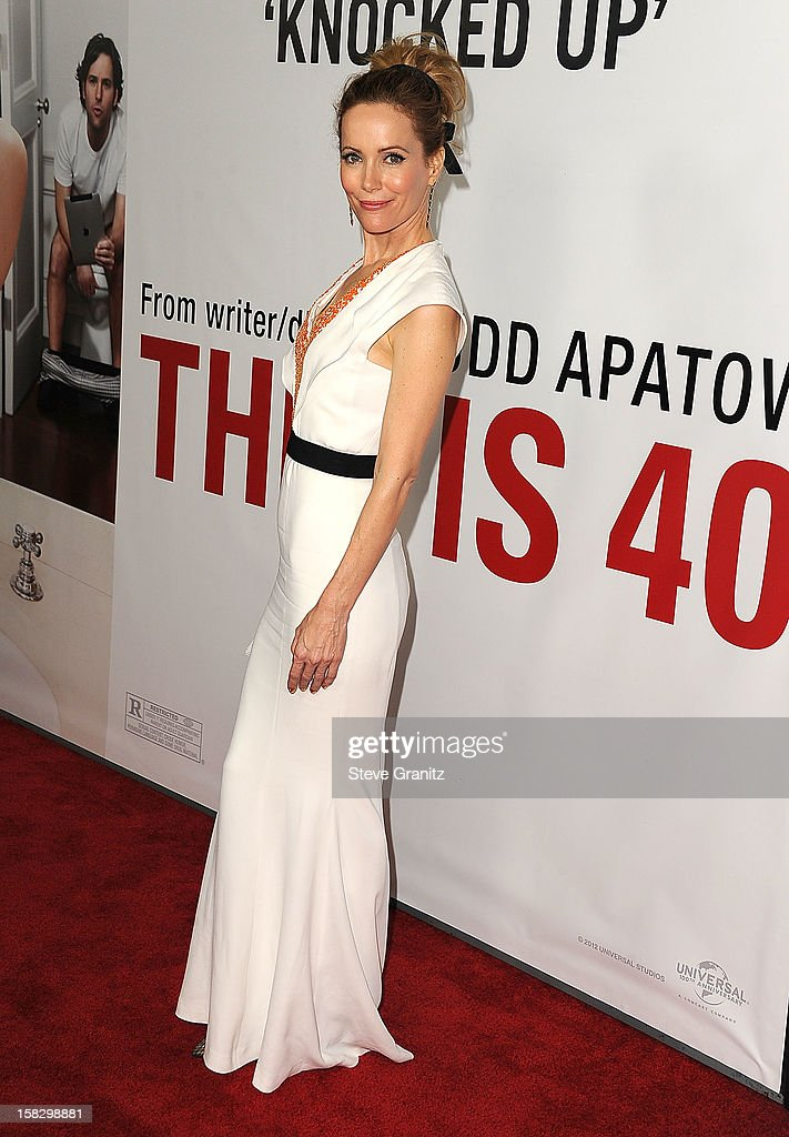 Leslie Mann arrives at the 'This Is 40' - Los Angeles Premiere at Grauman's Chinese Theatre on December 12, 2012 in Hollywood, California.