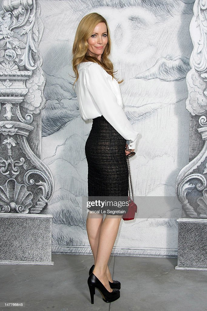 Leslie Mann attends the Chanel Haute-Couture show as part of Paris Fashion Week Fall / Winter 2012/13 at the Grand Palais on July 3, 2012 in Paris, France.