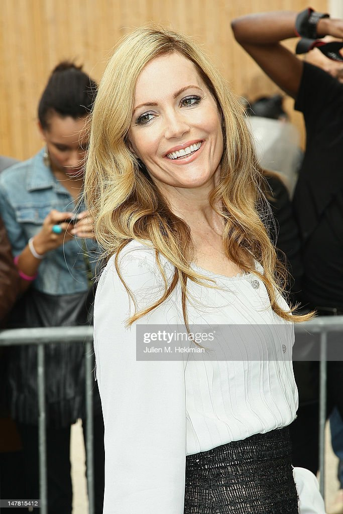 Leslie Mann attends the Chanel Haute-Couture Show as part of Paris Fashion Week Fall / Winter 2012/13 at Grand Palais on July 3, 2012 in Paris, France.