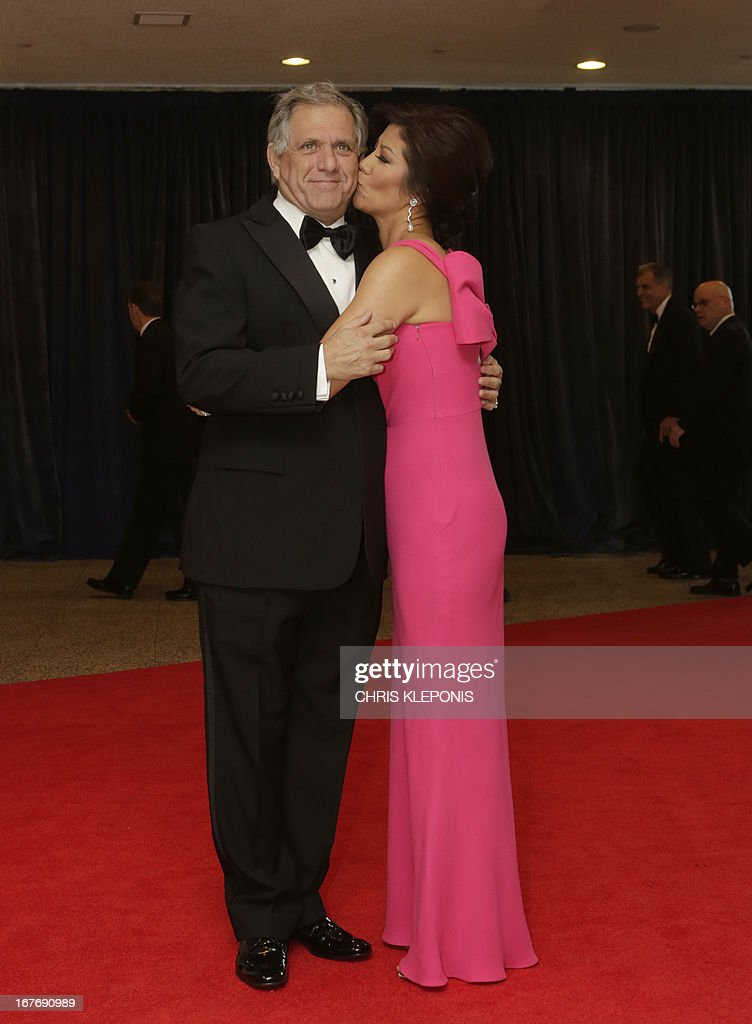 Leslie Moonves (L), president and chief executive officer of CBS Corp. and wife, television host Julie Chen arrive at the annual White House Correspondents' Association dinner in Washington DC, April 27, 2013. AFP Photo/ Chris KLEPONIS