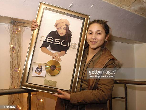 Leslie receives Gold Record for selling 100000 copies of her album