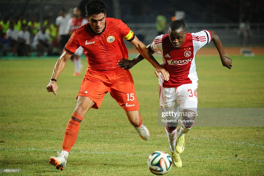 Lesly De Sa of AFC Ajax battle for the ball during the international friendly match between Perija Jakarta and AFC Ajax on May 11, 2014 in Jakarta, Indonesia. AFC Ajax win the game with score 3-0.