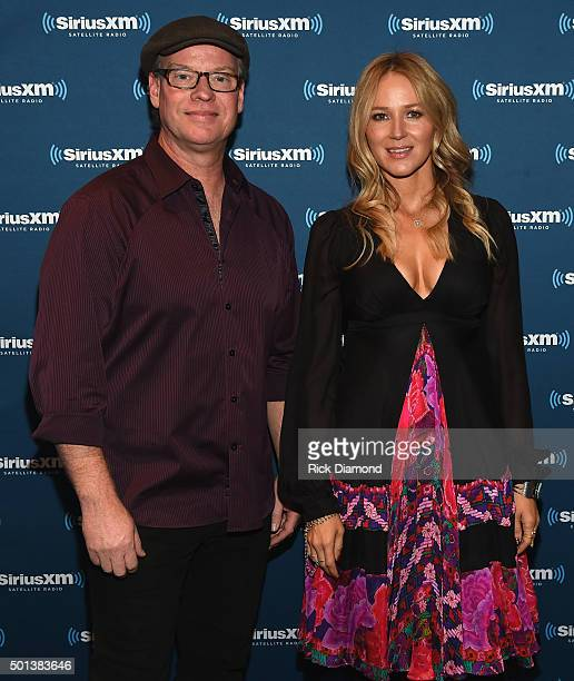 'Let it Snow' SiriusXM Acoustic Christmas With Jewel And Shawn Mullins at SiriusXM Music City Theatre on December 14 2015 in Nashville Tennessee