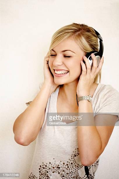 Permita que la música que sonrisa