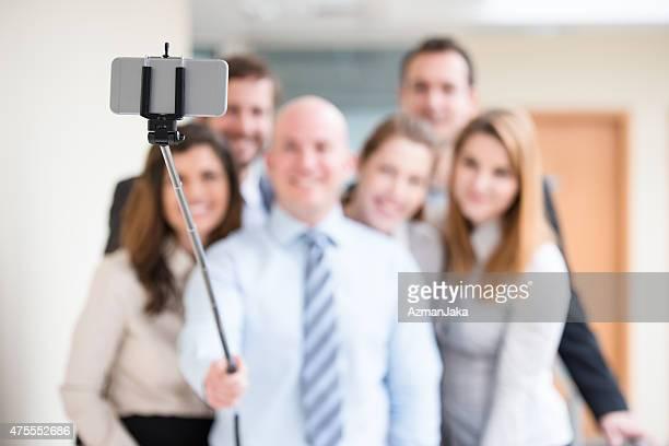 """Laissez-nous d'abord prendre """"un Selfie."""