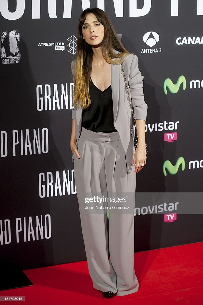 <a gi-track='captionPersonalityLinkClicked' href=/galleries/search?phrase=Leticia+Dolera&family=editorial&specificpeople=789515 ng-click='$event.stopPropagation()'>Leticia Dolera</a> attends 'Grand Piano' premiere at the Capitol Cinema on October 15, 2013 in Madrid, Spain.