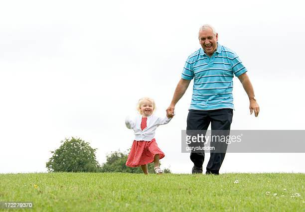 Permet de courir et faites-lui grandad