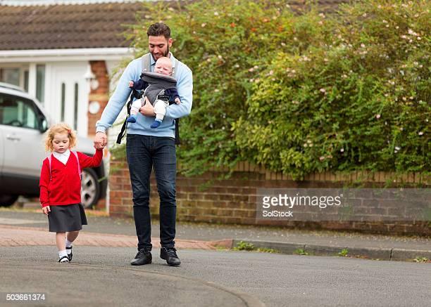 Let's walk to school!
