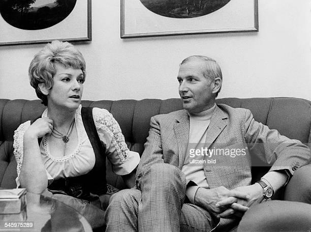 Leuwerick Ruth * actress Germany with her third husband Heinz Purper 1971