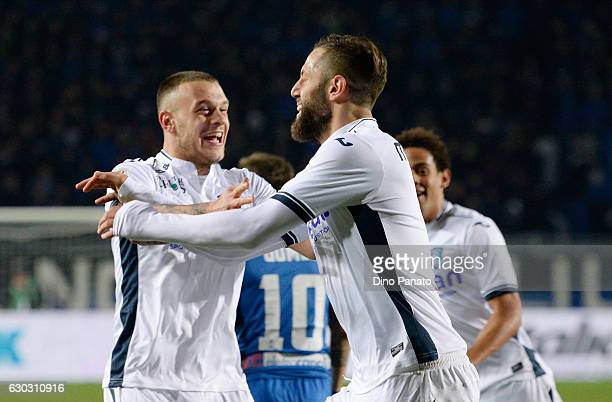 Levan Mchedlidze of Empoli FC celebrates after scoring his openig goal during the Serie A match between Atalanta BC and Empoli FC at Stadio Atleti...