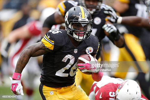 Le'Veon Bell of the Pittsburgh Steelers runs the ball during the 2nd half of the game against the Arizona Cardinals at Heinz Field on October 18 2015...