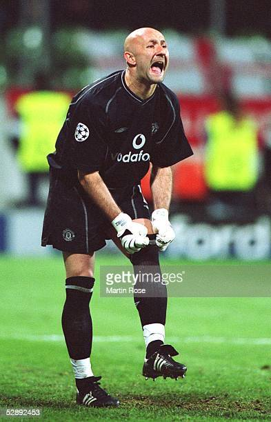 LEAGUE 01/02 Leverkusen BAYER 04 LEVERKUSEN MANCHESTER UNITED 11 Fabien BARTHEZ/MANCHESTER UNITED