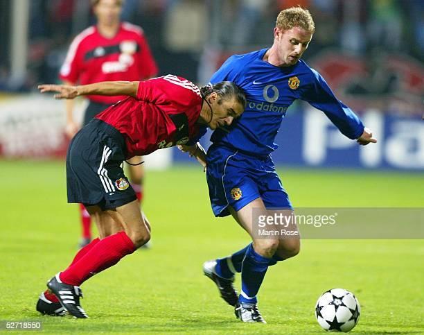 LEAGUE 02/03 Leverkusen BAYER 04 LEVERKUSEN MANCHESTER UNITED 12 Boris ZIVKOVIC/LEVERKUSEN Nicky BUTT/MANCHESTER