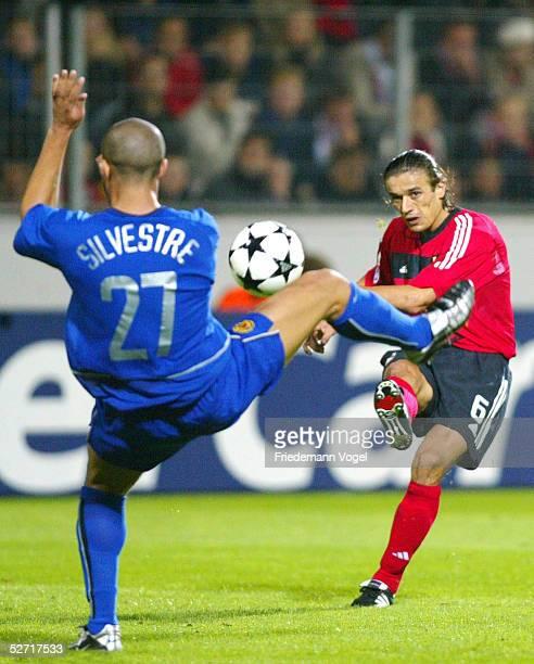 LEAGUE 02/03 Leverkusen BAYER 04 LEVERKUSEN MANCHESTER UNITED 12 Mikael SILVESTRE/MANCHESTER Boris ZIVKOVIC/LEVERKUSEN