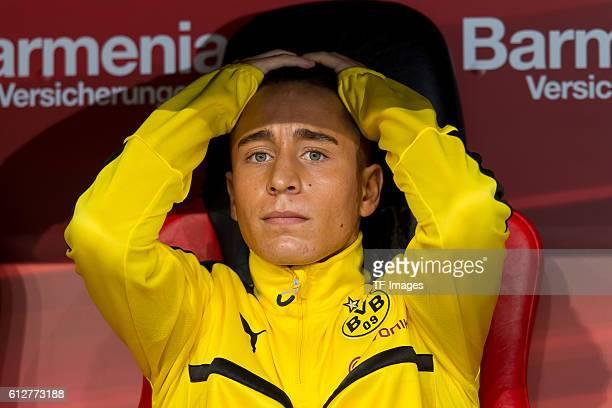Leverkusen Germany 1Bundesliga 6 Spieltag Bayer 04 Leverkusen BV Borussia Dortmund 20 Emre Mor auf der Bank