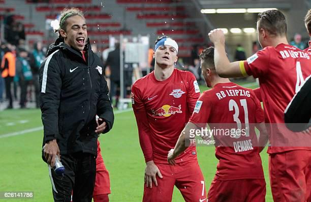 Leverkusen Germany 1 Bundesliga 11 Spieltag Bayer 04 Leverkusen RB Leipzig Jubel nach dem Spiel vl Yussuf Yurary Poulsen l7 Diego Demme