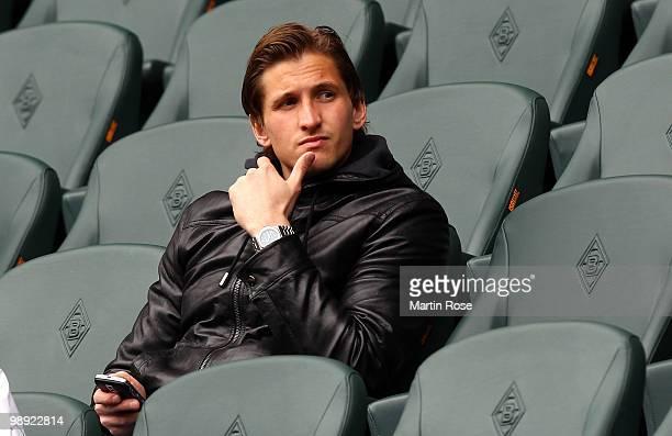 Leverkusen's injured goalkeeper Rene Adler is seen prior to the Bundesliga match between Borussia Moenchengladbach and Bayer Leverkusen at Borussia...