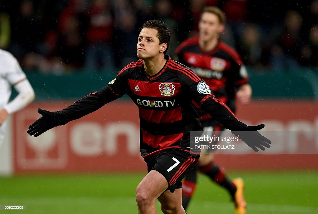 Leverkusen's Mexican striker Javier Hernandez celebrates after a goal during the German Cup (Pokal) quarter final football match Bayern 04 Leverkusen v SV Werder Bremen on February 9, 2016 in Leverkusen. USE IS NOT ALLOWED DURING AND FOR FURTHER TWO HOURS AFTER THE MATCH. AT +49 69 67880 /