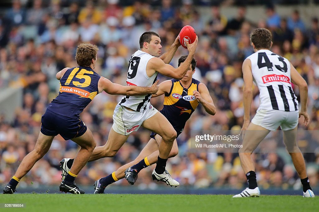 Levi Greenwood of the Magpies controls the ball during the round six AFL match between the West Coast Eagles and the Collingwood Magpies at Domain Stadium on May 1, 2016 in Perth, Australia.