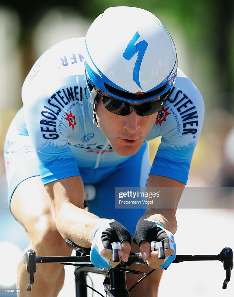 <a gi-track='captionPersonalityLinkClicked' href=/galleries/search?phrase=Levi+Leipheimer&family=editorial&specificpeople=236122 ng-click='$event.stopPropagation()'>Levi Leipheimer</a> of the USA and Team Gerolsteiner in action during the prologue of the 93st Tour de France on July 1, 2006 in Strasbourg, France.
