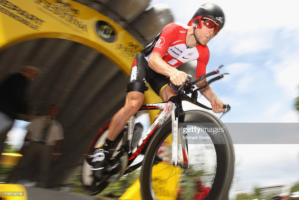 <a gi-track='captionPersonalityLinkClicked' href=/galleries/search?phrase=Levi+Leipheimer&family=editorial&specificpeople=236122 ng-click='$event.stopPropagation()'>Levi Leipheimer</a> of USA and Team Radioshack bursts out of the start ramp during the Individual Time Trial Stage 20 of the 2011 Tour de France on July 23, 2011 in Grenoble, France.