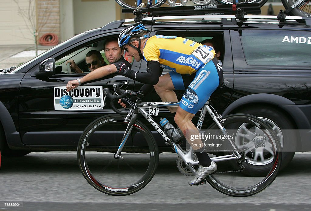 <a gi-track='captionPersonalityLinkClicked' href=/galleries/search?phrase=Levi+Leipheimer&family=editorial&specificpeople=236122 ng-click='$event.stopPropagation()'>Levi Leipheimer</a> of USA, riding for Discovery Channel Pro Cycling Team, talks to Director Sportif, <a gi-track='captionPersonalityLinkClicked' href=/galleries/search?phrase=Johan+Bruyneel&family=editorial&specificpeople=592956 ng-click='$event.stopPropagation()'>Johan Bruyneel</a> and Lance Armstrong while competing in Stage 3 of the AMGEN Tour of California on February 21, 2007 in San Jose, California.