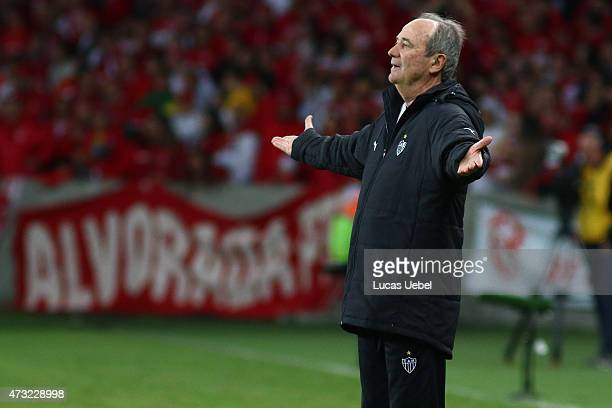 Levir Culpi coach of AtleticoMG during the match between Internacional and AtleticoMG as part of Copa Bridgestone Libertadores 2015 round of 16 at...