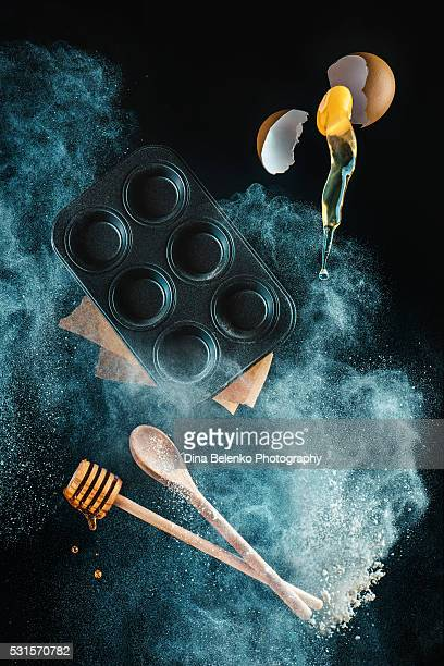 Levitating kitchen utensils in a cloud of  (for honey muffins)