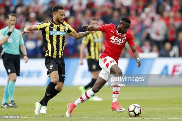 Lewis Baker of Vitesse Derrick Luckassen of AZduring the Dutch Cup Final match between AZ Alkmaar and Vitesse Arnhem on April 30 2017 at the Kuip...
