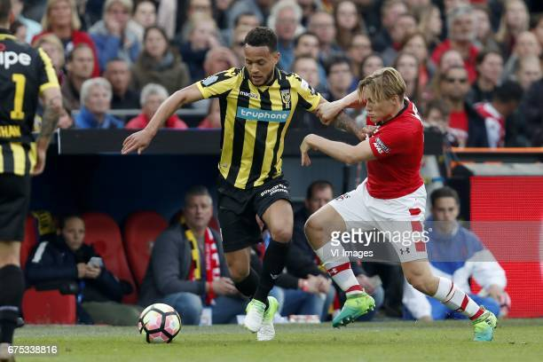 Lewis Baker of Vitesse Jonas Svensson of AZduring the Dutch Cup Final match between AZ Alkmaar and Vitesse Arnhem on April 30 2017 at the Kuip...