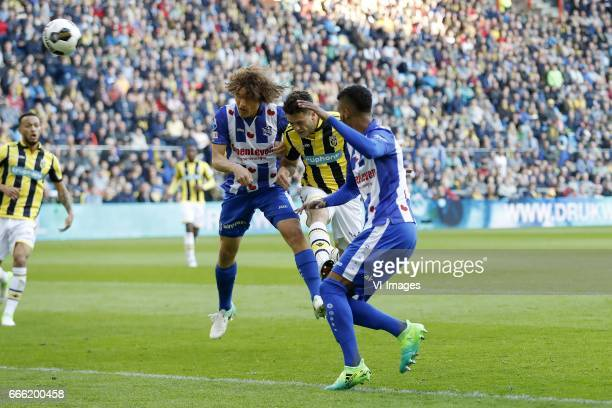 Lewis Baker of Vitesse Wout Faes of sc Heerenveen Ricky van Wolfswinkel of Vitesse Jerry St Juste of sc Heerenveenduring the Dutch Eredivisie match...