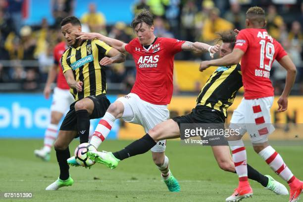 Lewis Baker of Vitesse Wout Weghorst of AZ Guram Kashia of Vitesseduring the Dutch Cup Final match between AZ Alkmaar and Vitesse Arnhem on April 30...