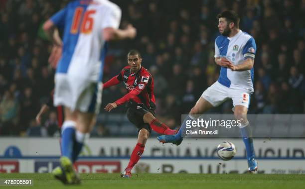 Lewis Grabban of Bournemouth scores the first goal during the Sky Bet Championship match between Blackburn Rovers and Bournemouth at Ewood Park on...