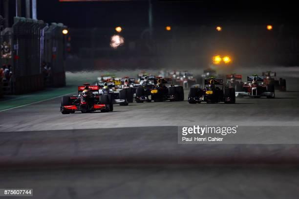 Lewis Hamilton Nico Rosberg Sebastian Vettel McLarenMercedes MP424 WilliamsToyota FW31 Red BullRenault RB5 Grand Prix of Singapore Marina Bay Street...