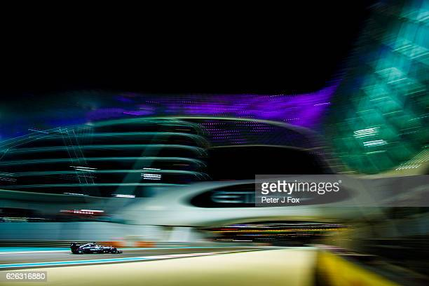 Lewis Hamilton of Great Britain and Mercedes during the Abu Dhabi Formula One Grand Prix at Yas Marina Circuit on November 27 2016 in Abu Dhabi...